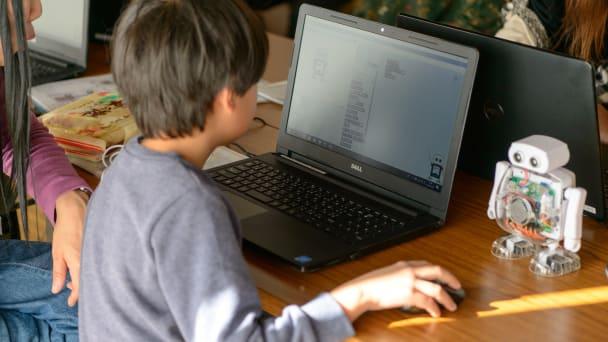 親子でプログラミングサロン